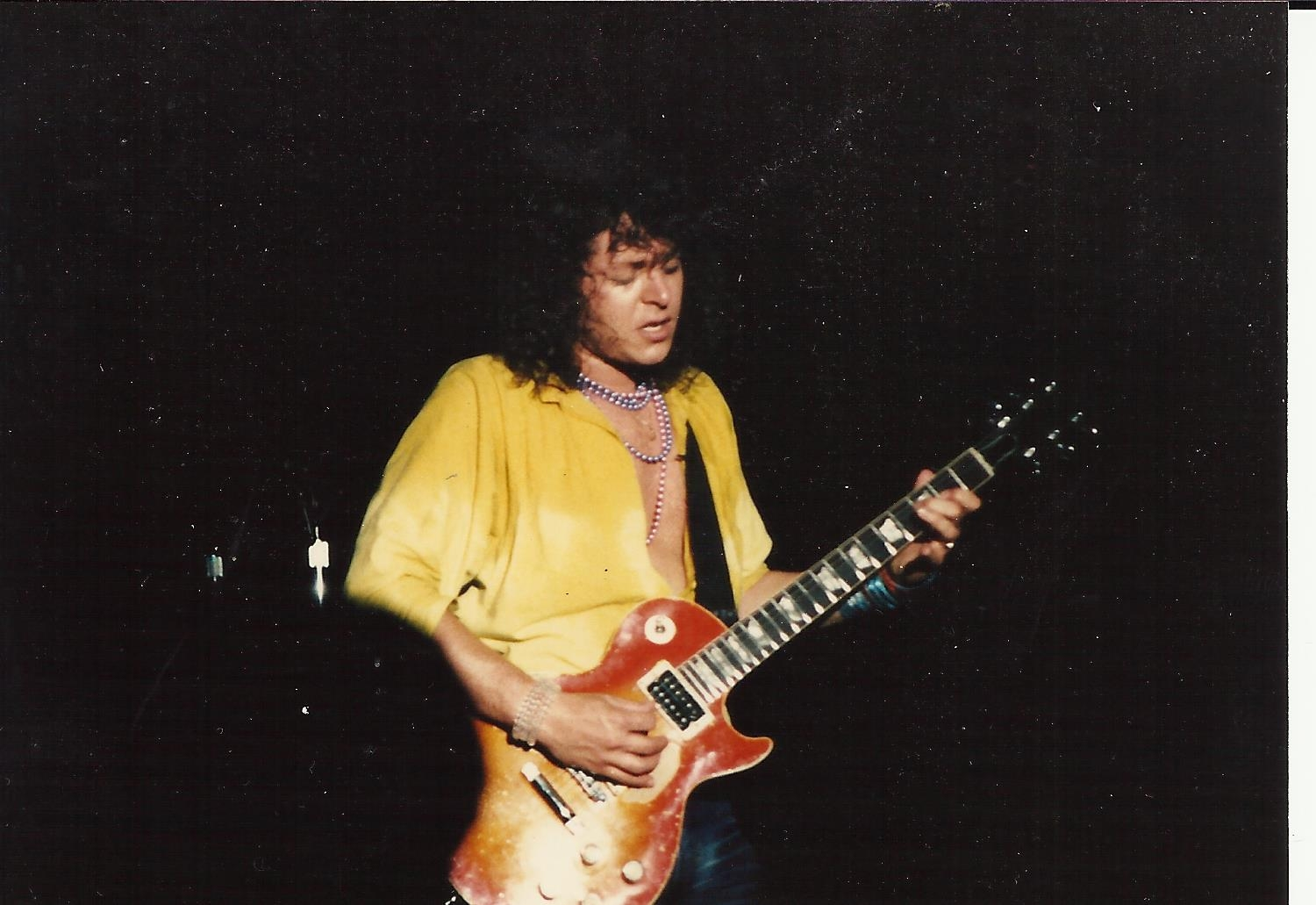 guitar player Dave Meniketti of y and T playing  blusey rock  guitar solo